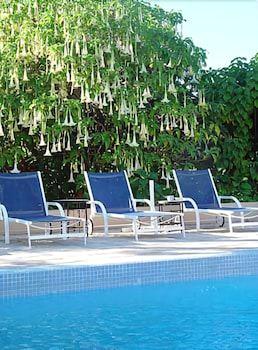 빌라 만다린(Villa Mandarine) Hotel Image 18 - Outdoor Pool
