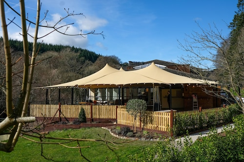 . Woodenbridge Lodge