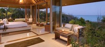 Room (Ocean Cove Pavilion)