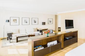 Park, Suite, 1 King Bed