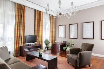 Executive Suite (Palace)