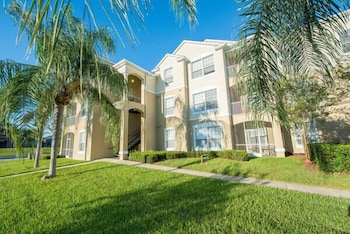 Windsor Palms Resort by Optimal Growth