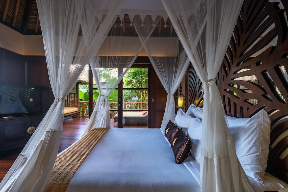 https://i.travelapi.com/hotels/2000000/1350000/1341900/1341847/0fb0198d_z.jpg