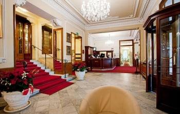 グランド ホテル & デス アングライス