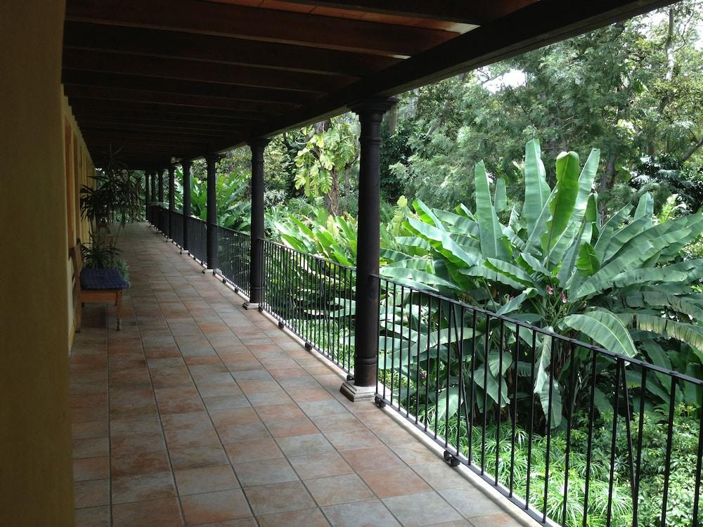 호텔 라스 파롤라스(Hotel Las Farolas) Hotel Image 40 - Hallway