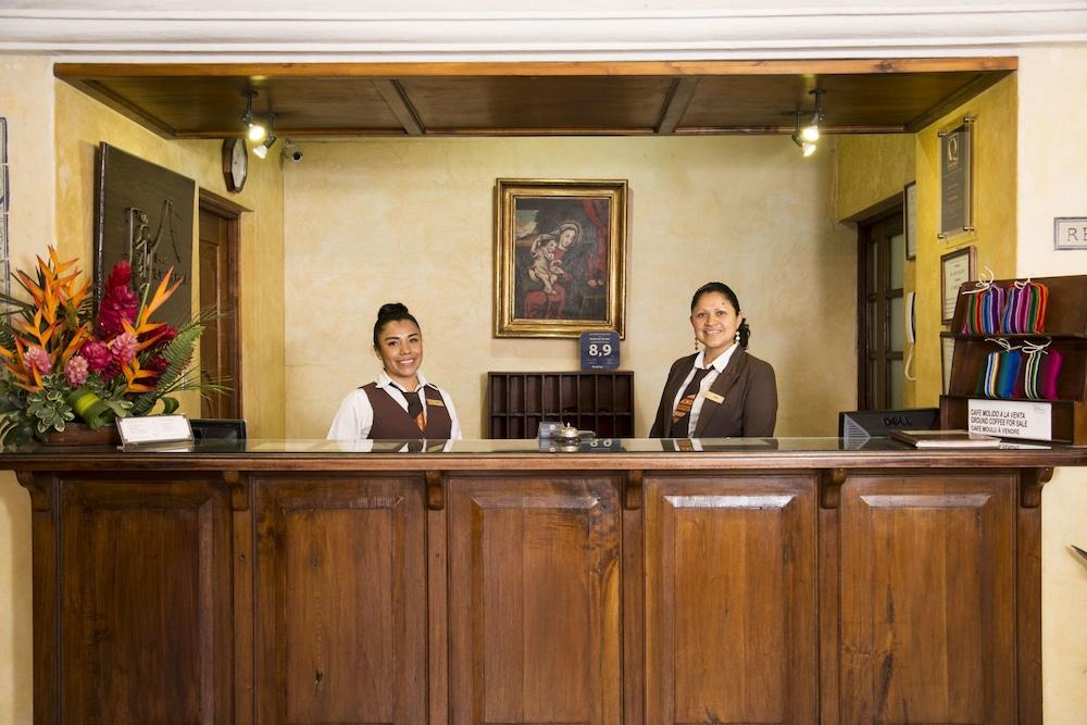 호텔 라스 파롤라스(Hotel Las Farolas) Hotel Image 3 - Reception