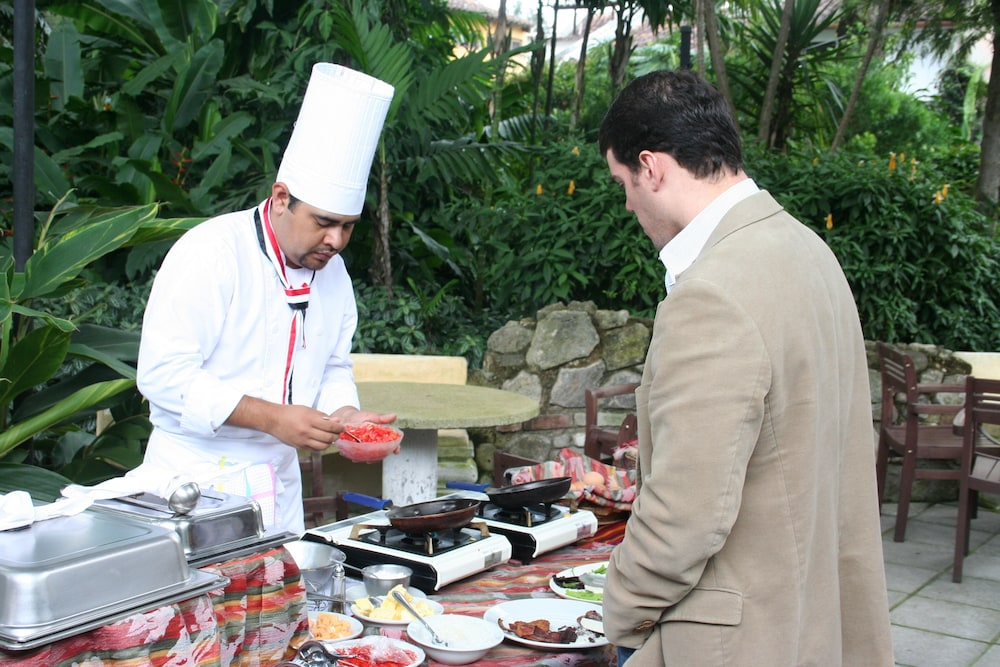 호텔 라스 파롤라스(Hotel Las Farolas) Hotel Image 33 - Breakfast Meal