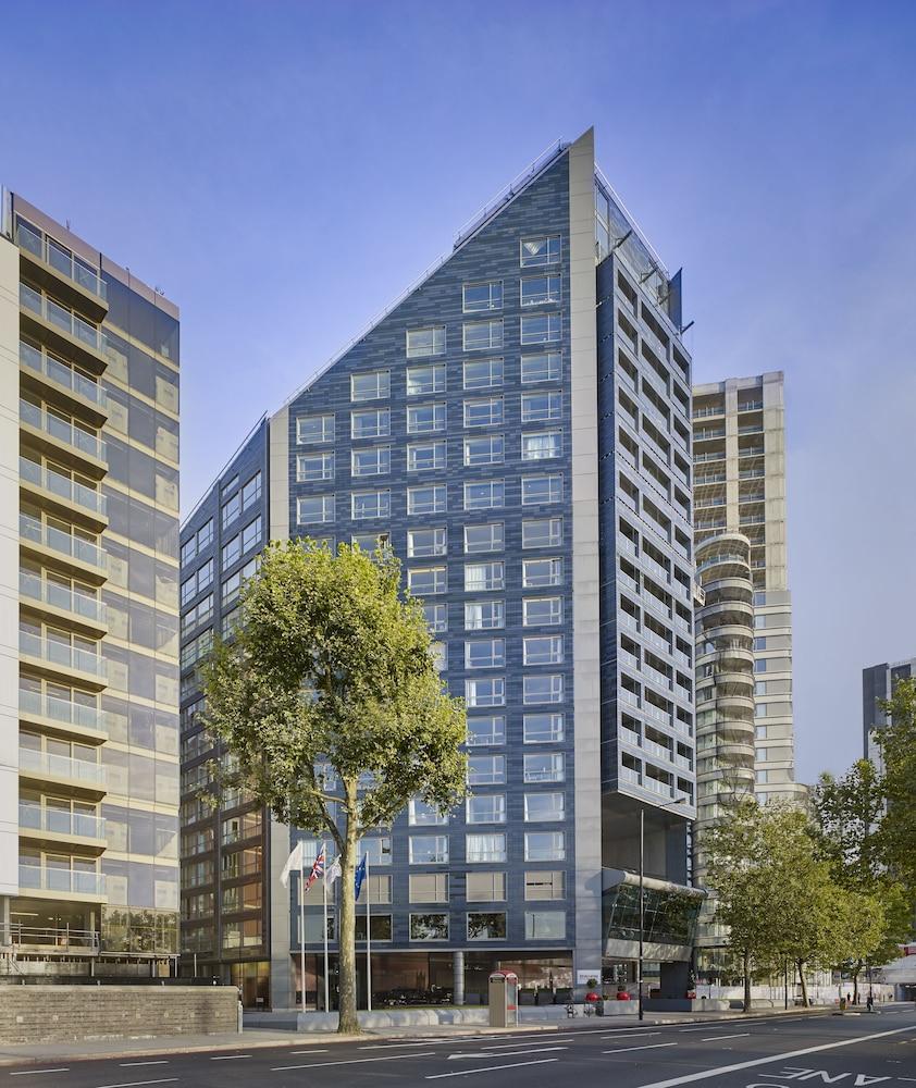 플라자 온 더 리버(Plaza on the River) Hotel Image 0 - Featured Image