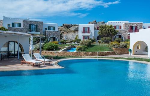 Naxos Palace Hotel, South Aegean