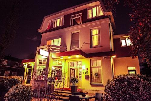 Alp de Veenen Hotel, Amstelveen