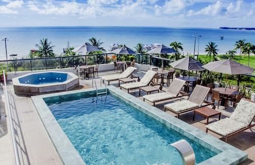 . Atlântico Praia Hotel