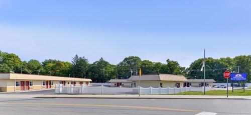 . Americas Best Value Inn Port Jefferson Station Long Island