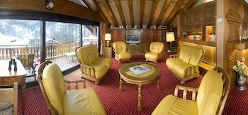 Luxury Apartment, 5 Bedrooms, Non Smoking, Mountain View