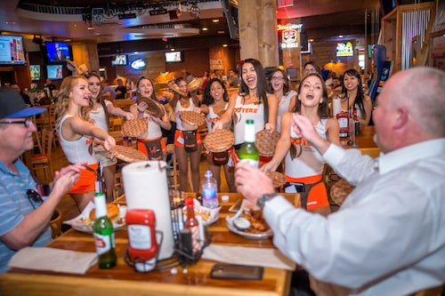 Hooters Casino Hotel image 35