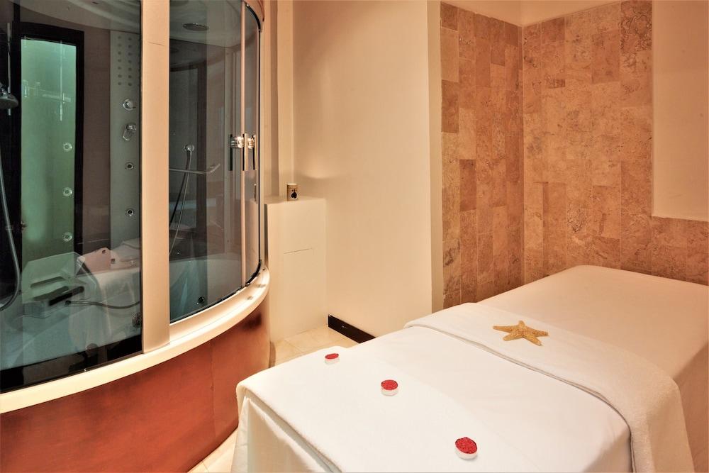 Suite, 1 Twin Bed, Smoking, Corner