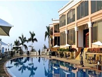 Hotel - Palms Hotel
