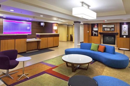 . Fairfield Inn and Suites by Marriott San Bernardino