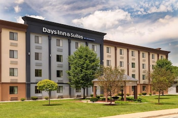 印第安納哈蒙德溫德姆戴斯套房飯店 Days Inn and Suites by Wyndham Hammond, IN