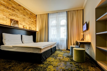 Book Antik City Hotel in Prague.