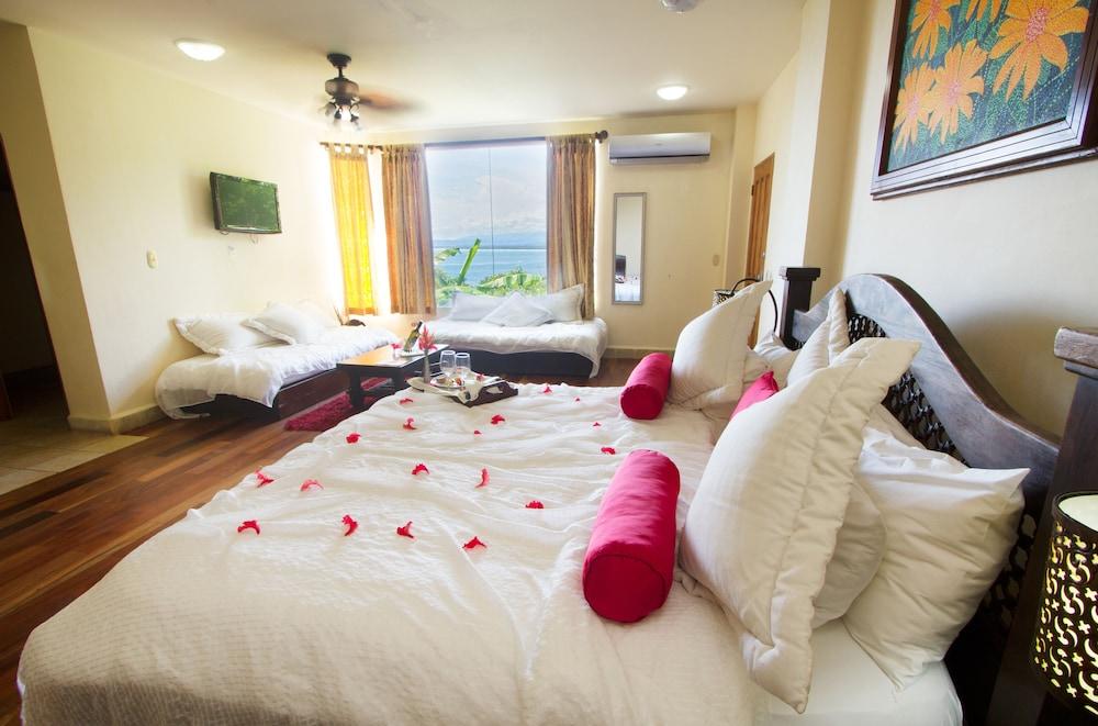 이시모 스위트 부티크 호텔 & 스파 성인 전용(Issimo Suites Boutique Hotel & Spa - Adults Only) Hotel Image 15 - Guestroom