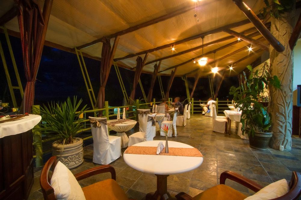 이시모 스위트 부티크 호텔 & 스파 성인 전용(Issimo Suites Boutique Hotel & Spa - Adults Only) Hotel Image 46 - Restaurant