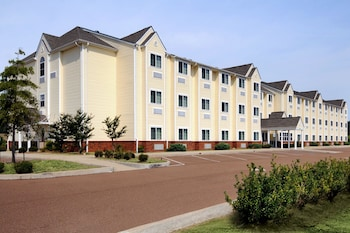 Microtel Inn & Suites by Wyndham Tunica Resorts
