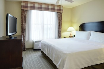 Suite, 1 Bedroom, Non Smoking (1 Queen Bed and Pull Out Sofa Bed)