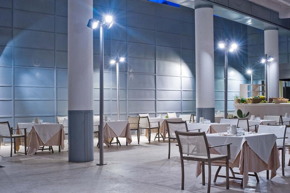 알보레아 에코로지 리조트(Alborèa Ecolodge Resort) Hotel Image 17 - Restaurant