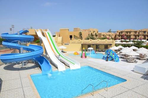The Three Corners Rihana Resort, Al-Ghurdaqah 2