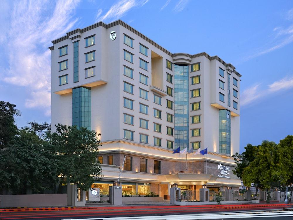 포츈 랜드마크 호텔