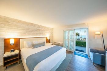 西克雷斯特海濱飯店 SeaCrest OceanFront Hotel