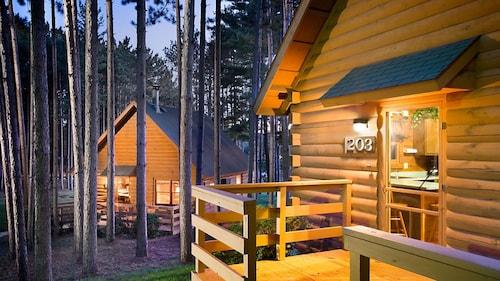 . Bluegreen Christmas Mountain Village, an Ascend Resort