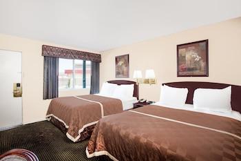 Travelodge Barstow - Hotel Interior  - #0