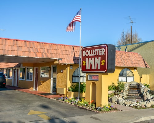 . Hollister Inn