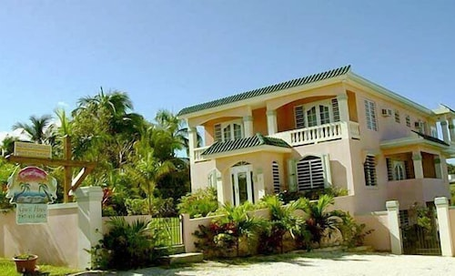 Dos Angeles del Mar Bed and Breakfast