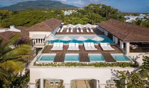 . Casa Colonial Beach & Spa