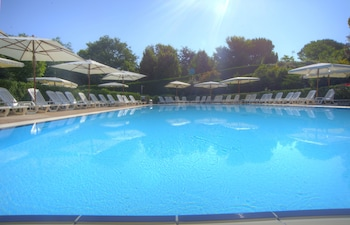 Hotel - Flaminio Village Bungalow Park - Campground