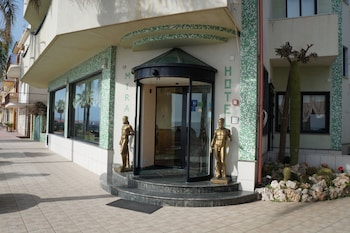 . Miramare Hotel