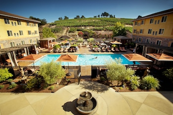 梅麗泰治水療度假飯店 The Meritage Resort and Spa