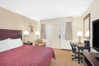 Standard Room, 1 Queen Bed at Days Inn by Wyndham Springfield/Phil.Intl Airport in Springfield