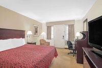 Standard Room, 1 King Bed at Days Inn by Wyndham Springfield/Phil.Intl Airport in Springfield