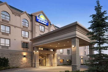 Hotel - Days Inn & Suites by Wyndham Collingwood