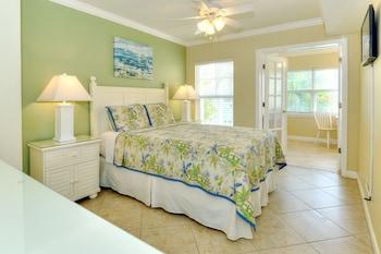 Deluxe Condo, 2 Bedrooms, Kitchen