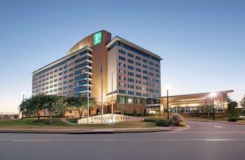 亨茨維爾 Spa 飯店希爾頓大使套房飯店 Embassy Suites by Hilton Huntsville Hotel & Spa
