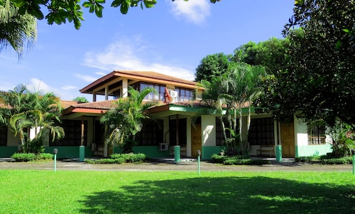 . Hotel Jardines Arenal