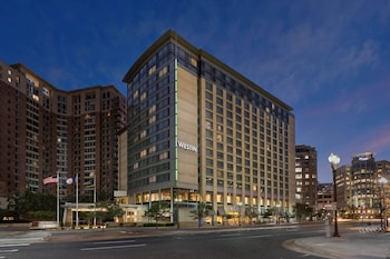 威斯汀阿靈頓渡假飯店 The Westin Arlington Gateway