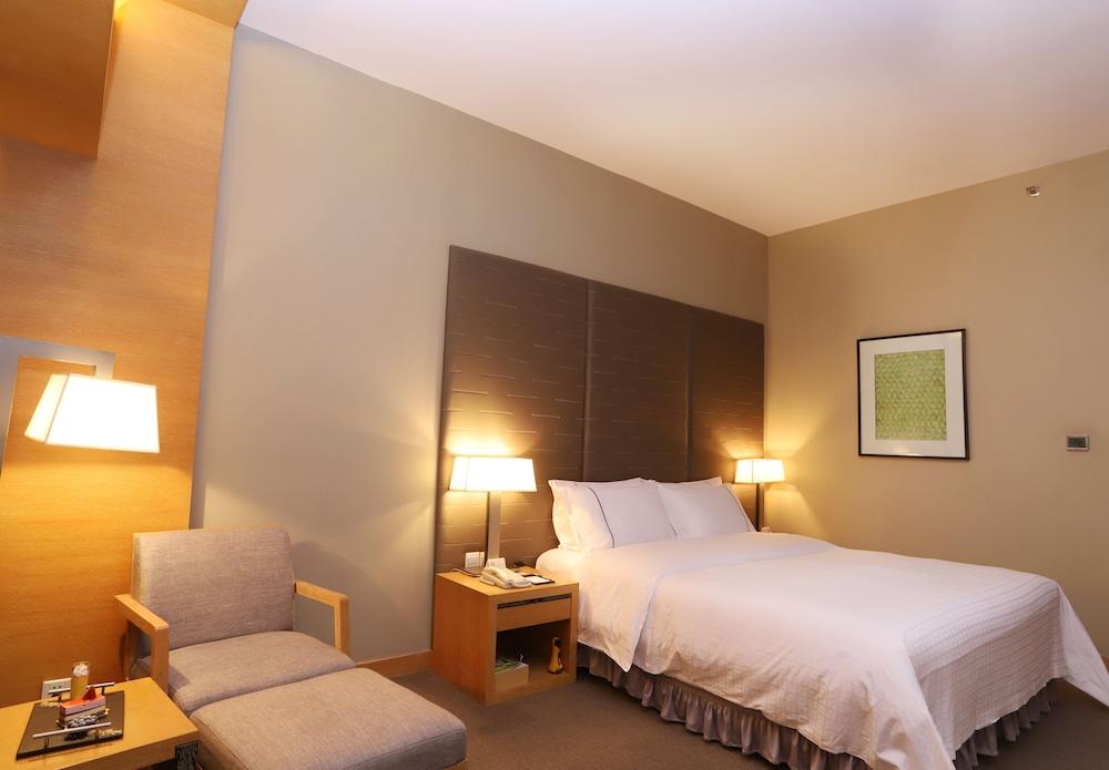 ジャングオ ホテル広州 (广州建国酒店)
