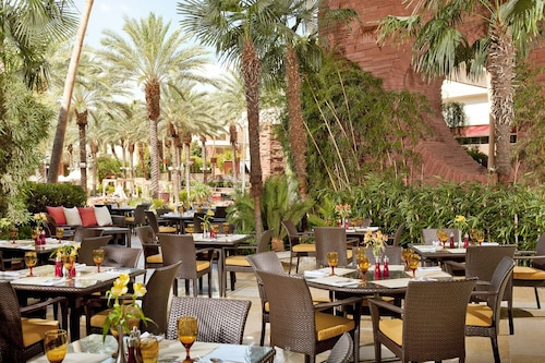 Red Rock Casino, Resort and Spa image 36