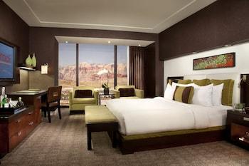 Guestroom at Red Rock Casino, Resort and Spa in Las Vegas