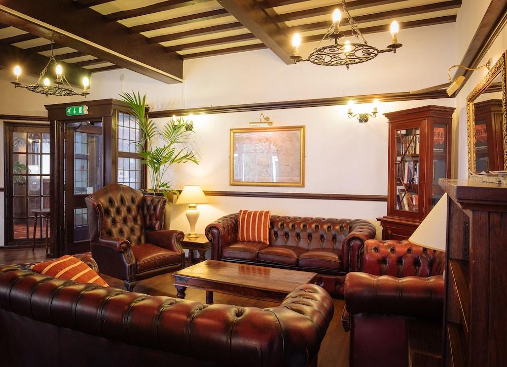 옌톤 호텔(The Yenton Hotel) Hotel Image 39 - Hotel Bar